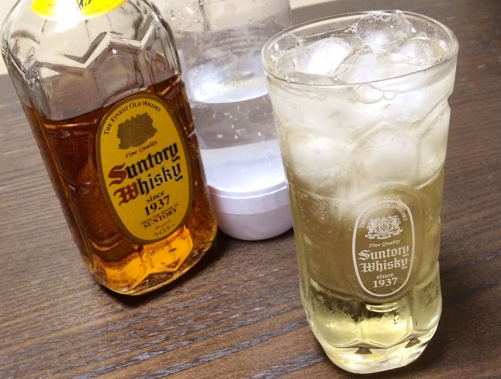 Highball is popular among young generation.