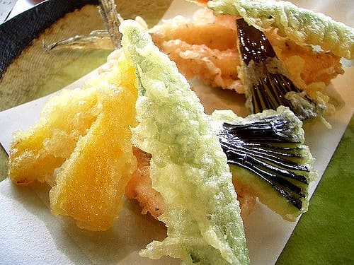 Tempura's special feature is its thin coating. You can enjoy it with salt and sauce dip for delicious taste.